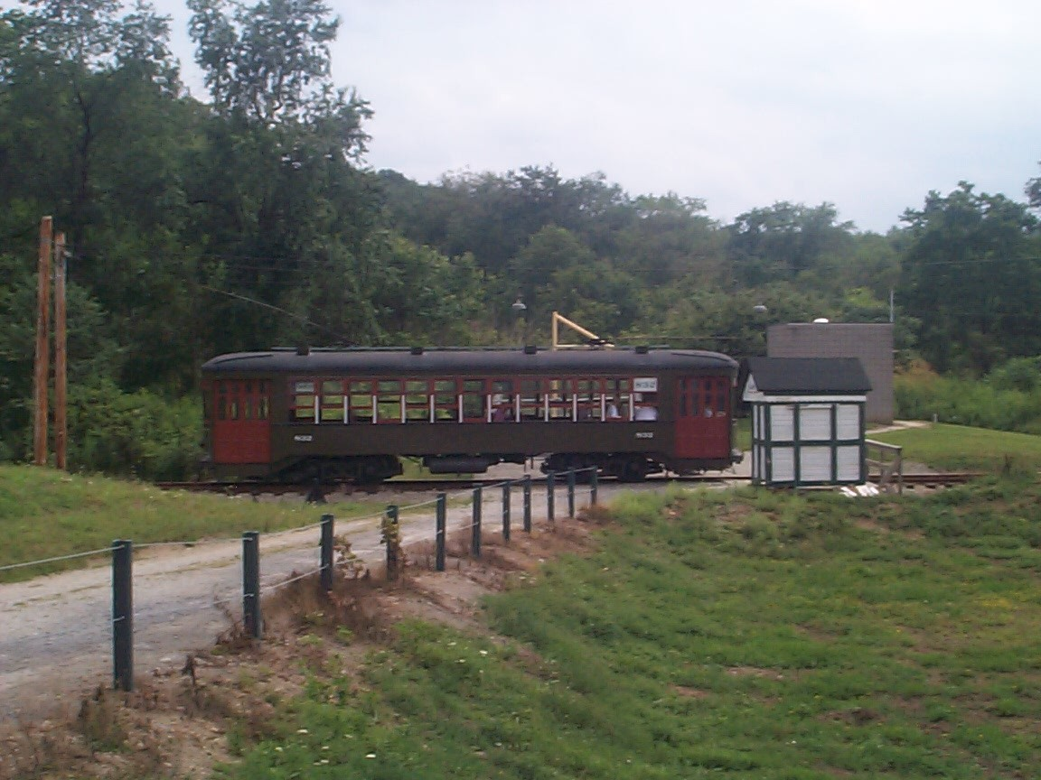 TM - Trolly at Station.jpg (222127 bytes)